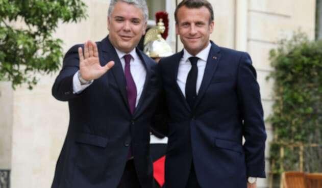 Presidente Iván Duque junto a su homólogo francés, Emmanuel Macron