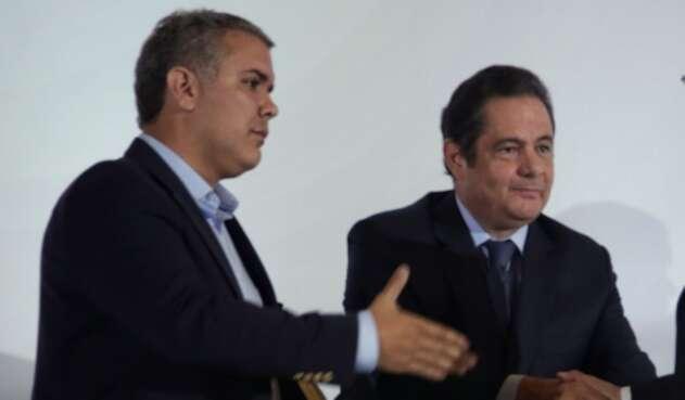 El presidente Iván Duque y el exvicepresidente Germán Vargas Lleras.