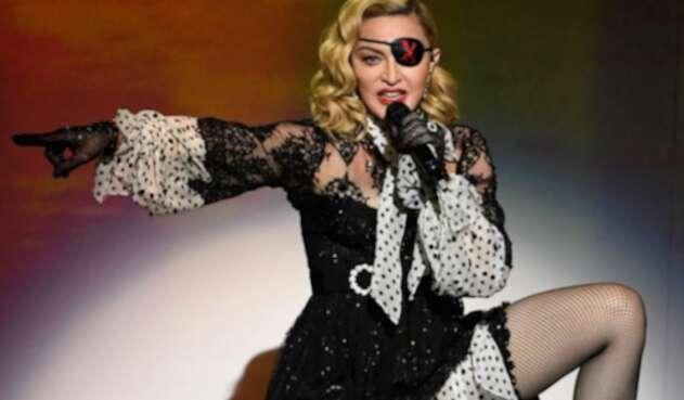 La cantante confesó en una entrevista que recibió este trato por parte del productor de Hollywood.