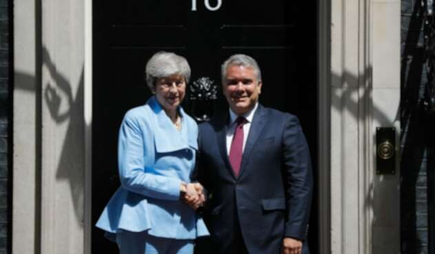 Theresa May junto al presidente Iván Duque