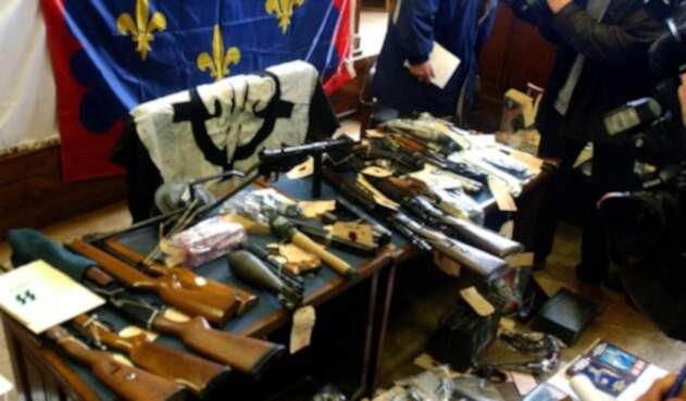Incautan armamento a grupo neonazi