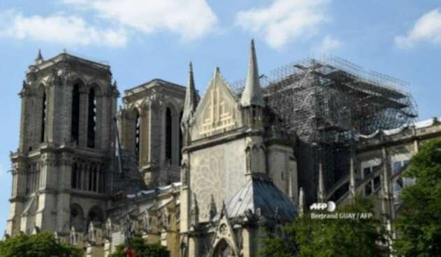 Catedral Notre Dame de París tras el incendio