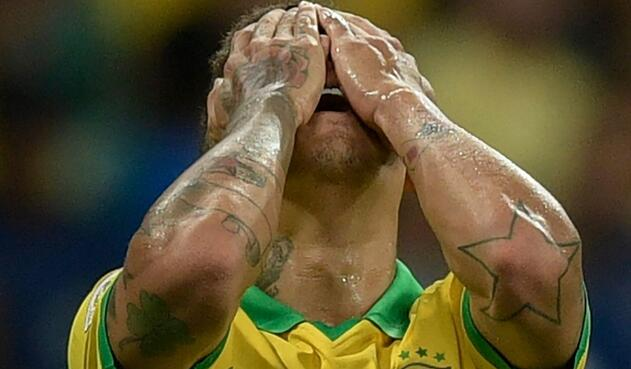 Roberto Firmino se lamenta del empate con Venezuela
