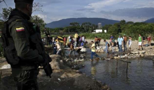 Trocha en frontera colombo venezolana