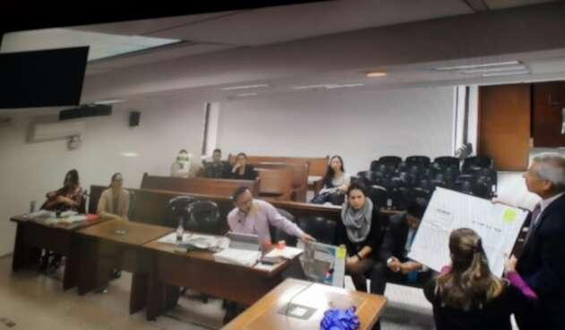 Laura Arboleda, esposa de Francisco Uribe Noguera compareció en el juicio por presunto ocultamiento de pruebas en el caso de 'Yuliana Zamboní.