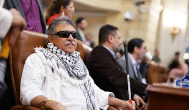 Jesús Santrich asumió como representante en la plenaria de Cámara
