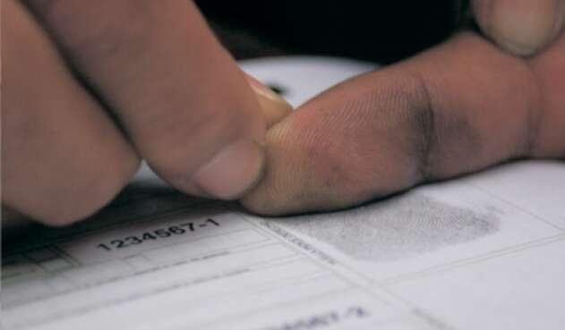 CNE había pedido huella dactilar en los formularios E11 en elecciones regionales.