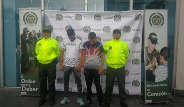 Capturan a hombres que robaron pertenencias de una menor de 10 años.