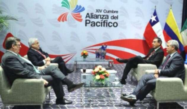 Los países miembros de la reunidos en Lima