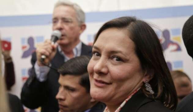 Álvaro Uribe Vélez y Ángela Garzón
