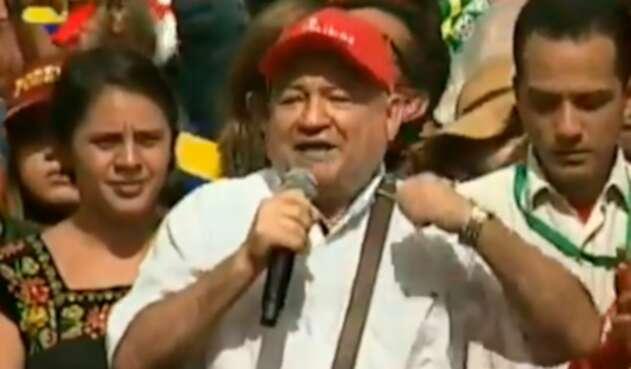 Julián Gallo Cubillos, más conocido como Carlos Antonio Lozada, durante su discurso en Venezuela