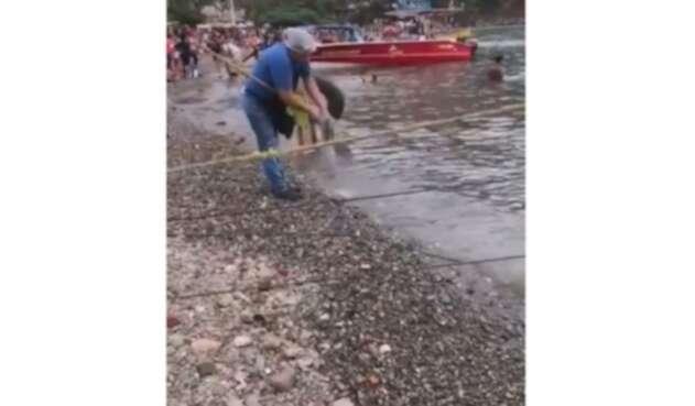 Así se cometen atroces daños ambientales en Santa Marta.
