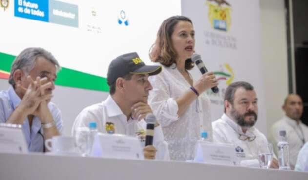 ministra del interior en Bolívar