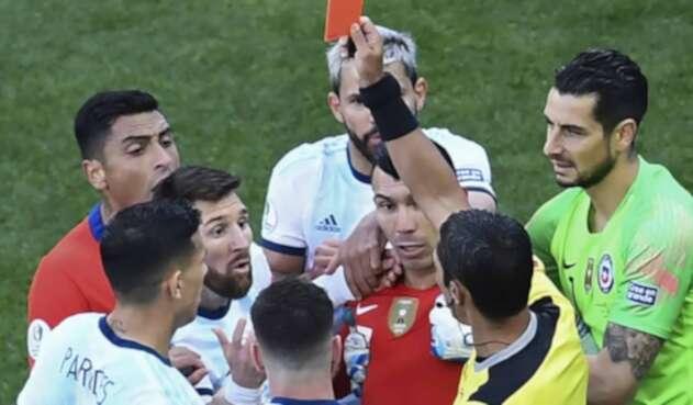 Messi el día de su expulsión ante Chile.