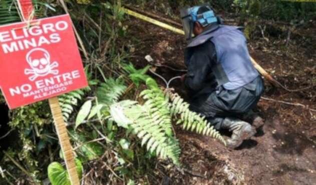 Menor de edad resultó herido tras pisar mina antipersona