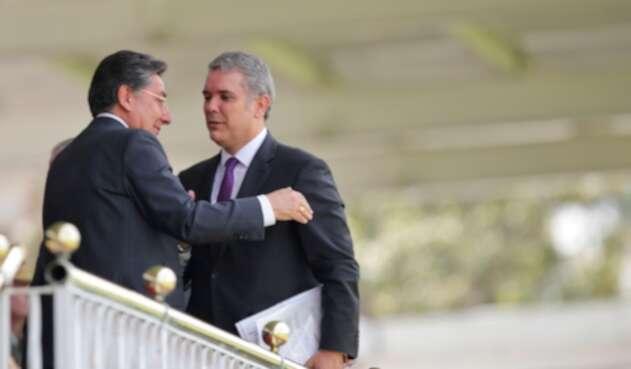 Néstor Humberto Martínez, ex fiscal general, e Iván Duque, presidente de la República, en Bogotá, el 6 de noviembre de 2018