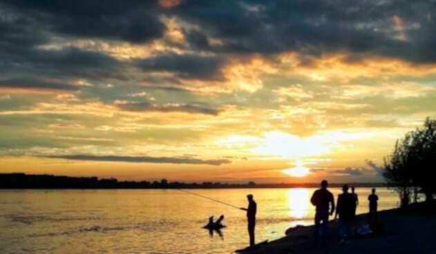 Novosibirsk es un lago contaminado que tiene un brillo especial