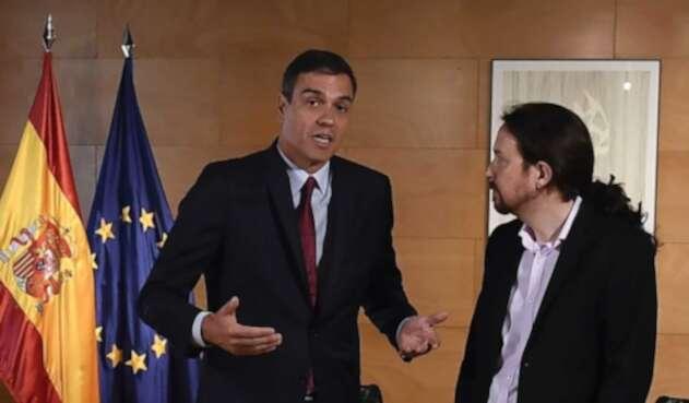 Pedro Sánchez, presidente del Gobierno español, junto a Pablo Iglesias.