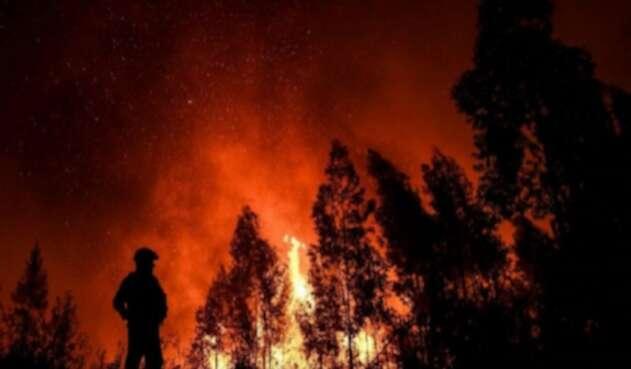 Ocho personas han resultado heridas por las llamas