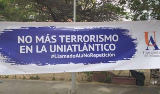 Pancarta Universidad del Atlántico