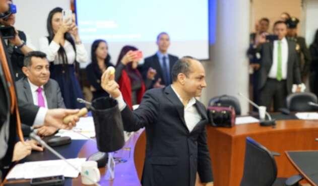 Con un sorteo eligieron al presidente de la Comisión Séptima de la Cámara.