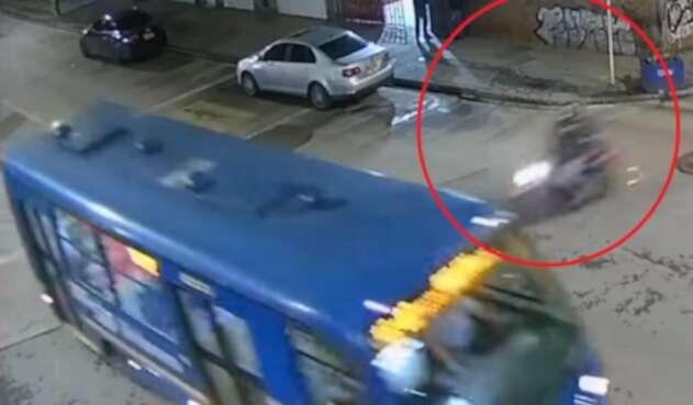Accidente de moto con bus del SITP