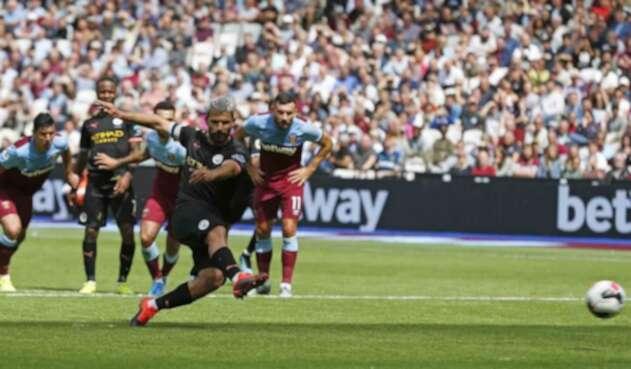 Sergio Agüero, delantero argentino al servicio del Manchester City.