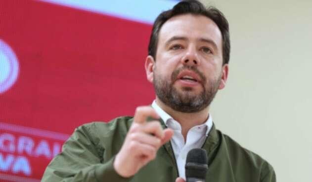 Carlos Fernando Galán al lanzar su candidatura a la Alcaldía de Bogotá.