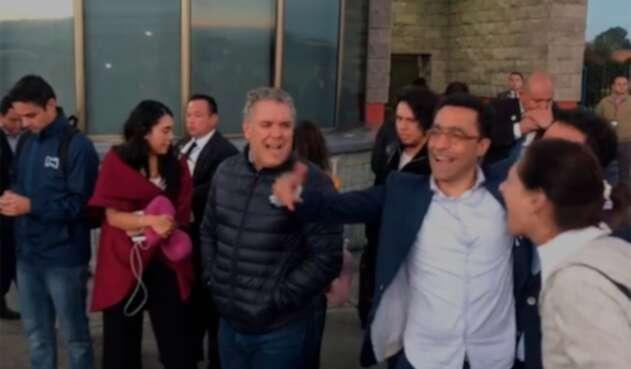 El presidente Iván Duque a su regreso a Colombia, tras su viaje por China