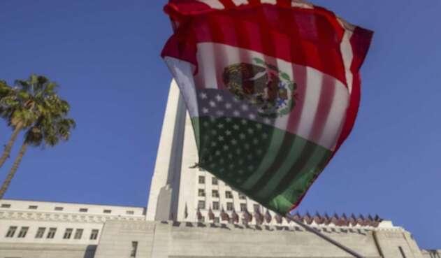 Banderas de México y Estados Unidos.