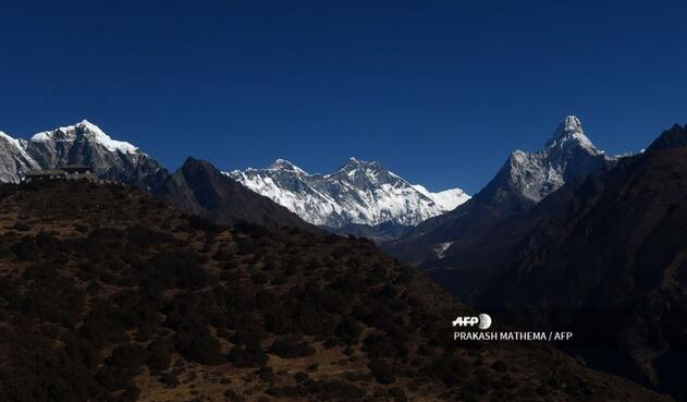Se busca hacer un frente común frente al exceso de desechos que dejan los alpinistas