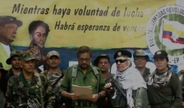 Así anunciaron Iván Márquez y Jesús Santrich la conformación de una nueva guerrilla.