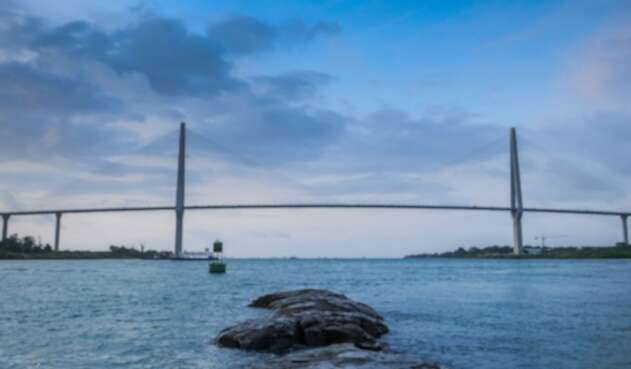 Puente sobre el Canal de Panamá
