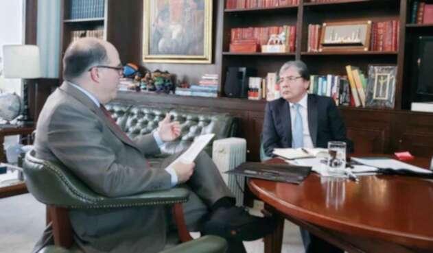 Julio Borges y Carlos Holmes Trujillo.