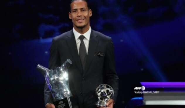 Van Dijk mejor Jugador del año de UEFA