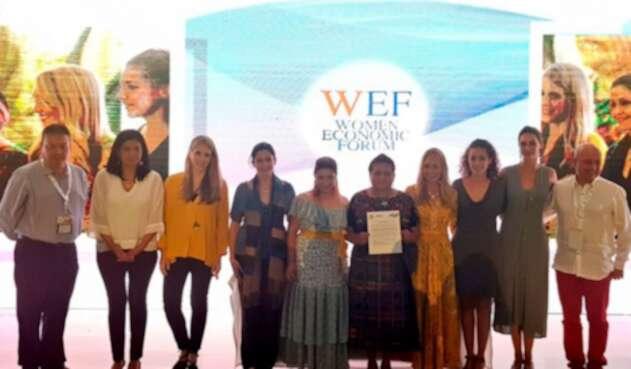 Pacto en el Women Economic Forum Latonoamérica