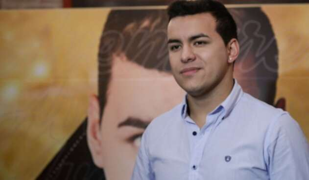 Yeison Jiménez con mucho esfuerzo logró salir de la pobreza.