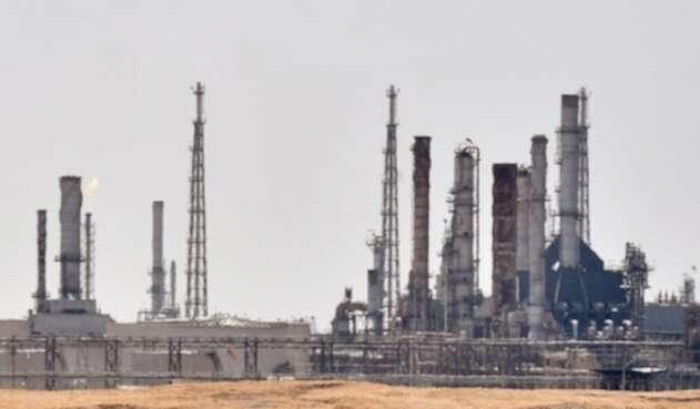 Ataque a refinería en Arabia Saudita