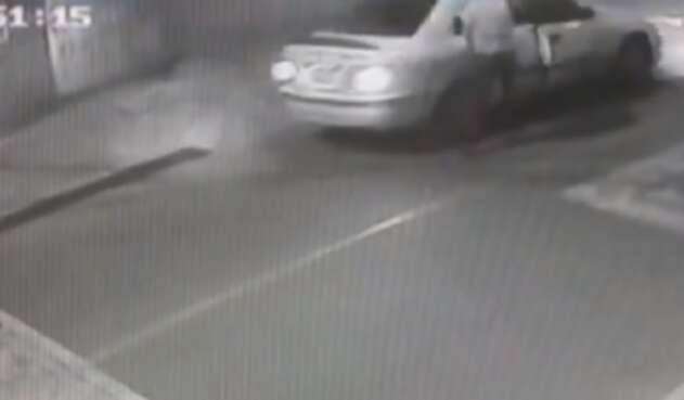 Taxista roba a pasajero