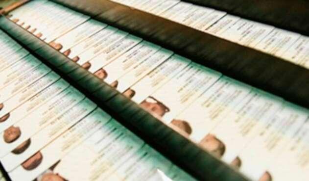 Foto de referencia de las cédulas colombianas