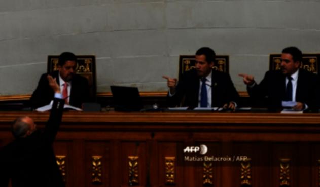 Volvieron los chavistas al Parlamento venezolano
