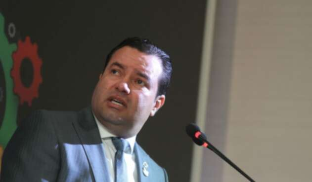 Didier Tavera, gobernador de Santander