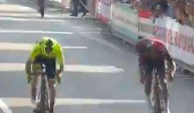 Egan Bernal en el Giro de la Toscana