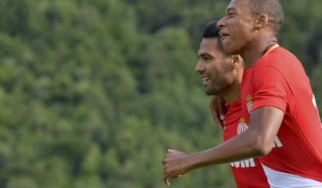 Kylian Mbappé y Radamel Falcao.