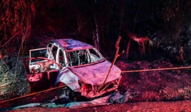 El vehículo en el que fue asesinada Karina García, candidata a la Alcaldía de Suárez (Cauca)