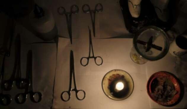 Venezolanos enfermos recuren a las hierbas y 'cirugías espirituales'
