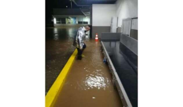 Aeropuerto de Valledupar inundado