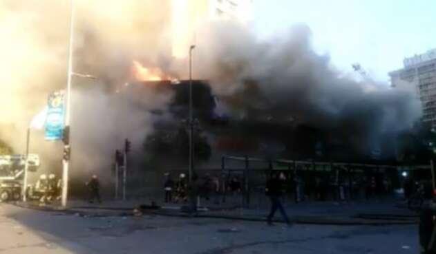 Incendio centro comercial chile