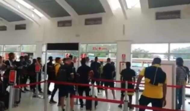 El hecho de intolerancia se presentó en el Aeropuerto Internacional Palonegro