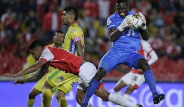 Geovanni Banguera en partido Santa Fe vs Huila